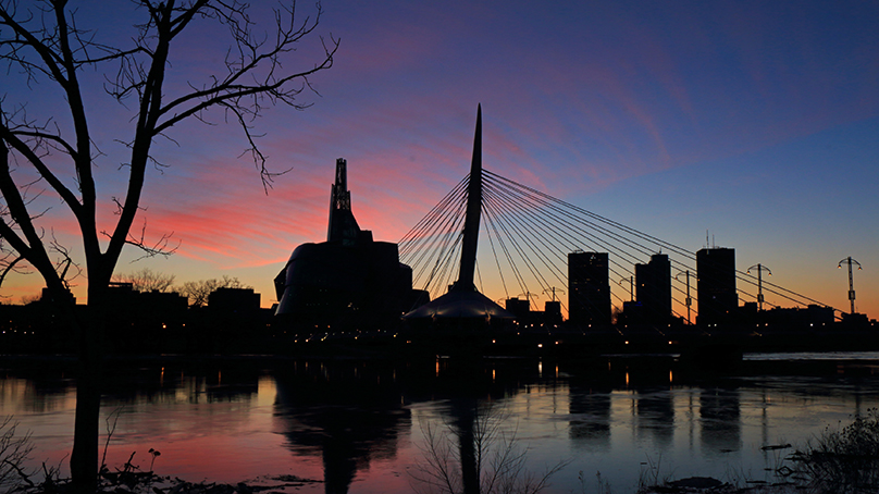 The Esplanade Riel bridge view during sunset